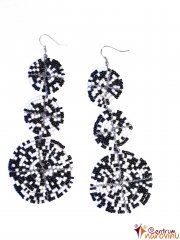 Earrings black and white