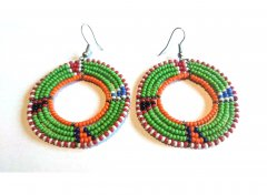 Colored round earrings